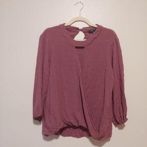 3/$25Moa Moa wrap front keyhole long sleeve blouse